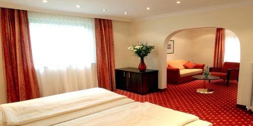 JUNIOR SUITE IM HOTEL HAUS AM ZOO IN DüSSELDORF - übernachten in düsseldorf