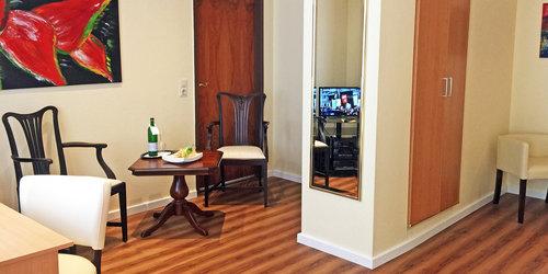 GüNSTIGES MONTEURZIMMER MIT HOTELSERVICE IN DüSSELDORF - übernachten in düsseldorf