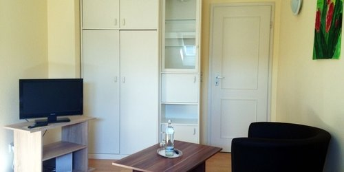 FURNISHED STUDIO APARTMENT WITH HOTEL SERVICE AND CLEANING SERVICE IN 40470 DUESSELDORF MOERSENBROICH - accomodation in dusseldorf