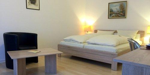 FURNISHED HOTEL STUDIO-APARTMENT, SHORT TERM RENTALS IN DüSSELDORF, 40239 - accomodation in dusseldorf