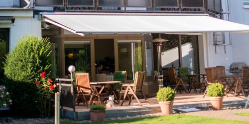 HOTEL MIT TERRASSE UND GARTEN IM ZOOVIERTEL IN DüSSELDORF - übernachten in düsseldorf